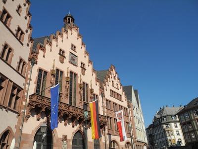 Frankfurt Rathaus der R�mer - 10 Minuten von der n�chsten Sixt Mietwagen Station entfernt