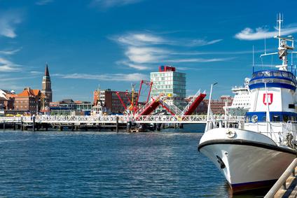 Landeshauptstadt Kiel an der Hörn mit Klappenbrücke