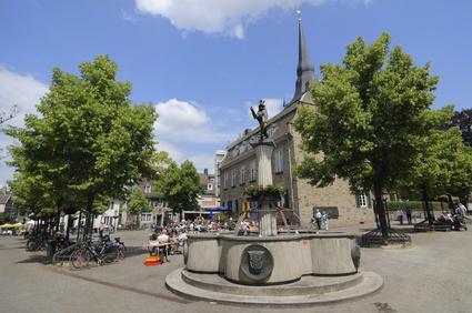 Marktplatz Ratingen - 10 Minuten von der Sixt Autovermietung Ratingen entfernt