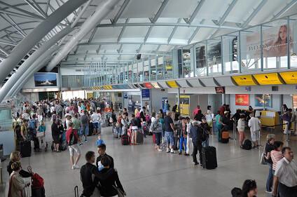 Mietwagen Br 252 Nn Flughafen G 252 Nstig Sixt Autovermietung