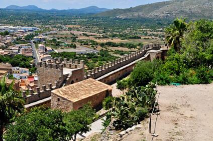 Die malerische Burganlage des Castell de Capdepera