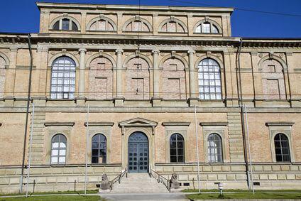 Historische Bauten wie diese erreichen Sie mit Ihrem Sixt Mietwagen am bequemsten